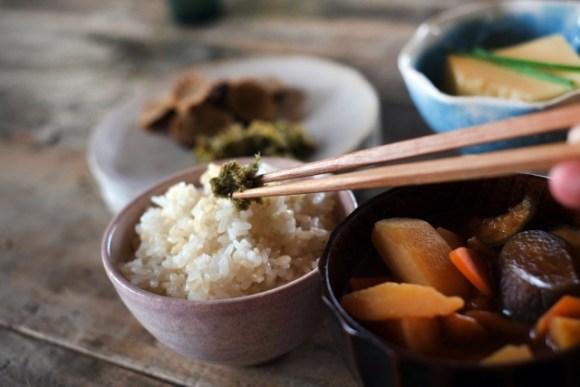 朝食抜きは太る?効果的なダイエットの為に玄米を食べよう!