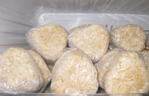 玄米は冷凍保存ができるの?栄養や味は損なわれない?