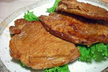 家庭食の定番!豚肉のソテーはソースでカロリーコントロール