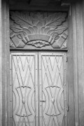 Door with Art Deco engravings