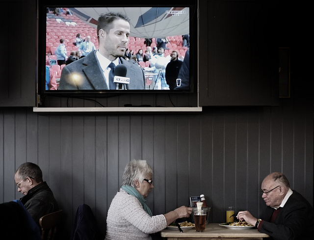 Pub TV football