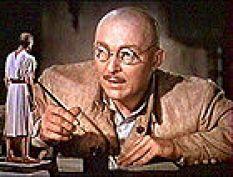 Albert Van Dekker as Dr. Cyclops