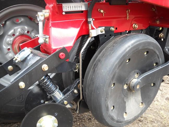 Case Ih 1200 Series Planter In Furrow S5 1220 Kenneths Sales