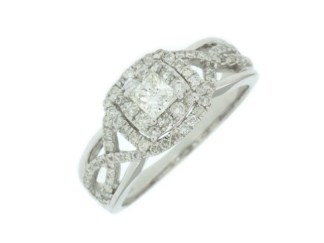 editwc6778d - Diamond Halo with Twist Engagement Ring