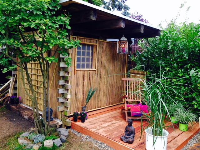 Kenny baut eine Mini-Terrasse - Zen-Oase