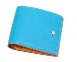青い財布を買ってしまうタイミング