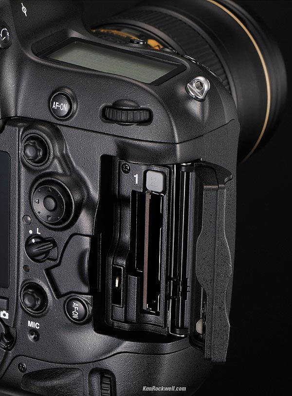 Nikon D4 kart yuvaları