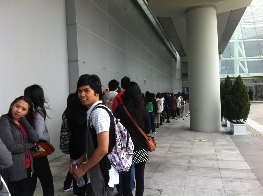 LIVE REPORT: L'Arc~en~Ciel 20th L'Anniverary World Tour Live in Hong Kong (March 03, 2012) (6/6)