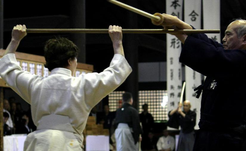 Shindo Muso Ryu Koryu Jodo – A Lateral View