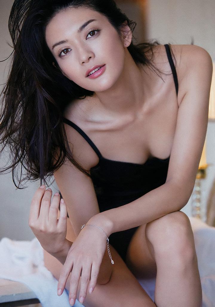 【寫真】前世界小姐日本代表田中道子新寫真集展示9頭身完美身段 (39P.片) | 劍心.回憶 | Page 6