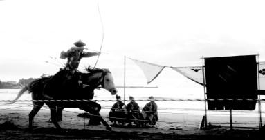24. Yabusame Zushi beach b&w archery