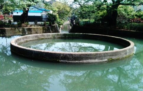 ento-bunsui cylindrical water diversion kuji japan