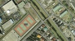 Nogawa flood control tennis courts above