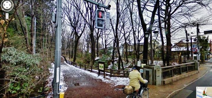 My first glimpse of the Tamagawajosui, between Kodaira and Kokubunji