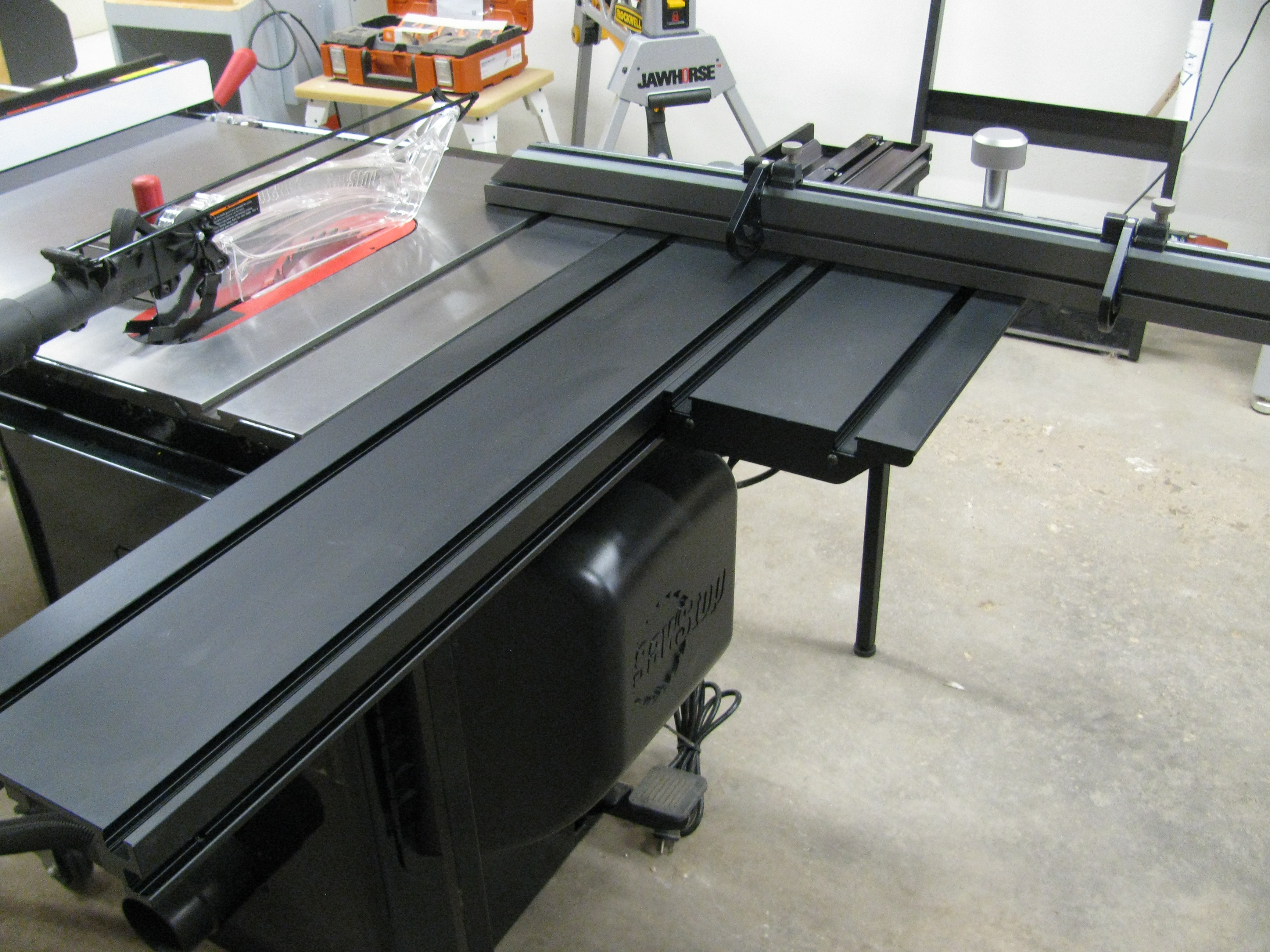 Sawstop Sliding Table