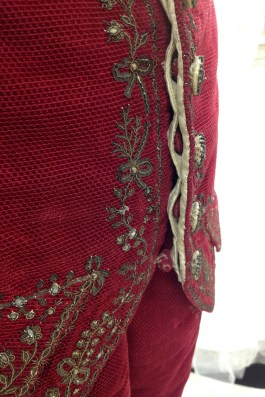 Detail showing hidden buttonholes and buttons. The beautiful silver buttons are entirely ornamental; the waistcoat is secured using this hidden set of velvet buttons.