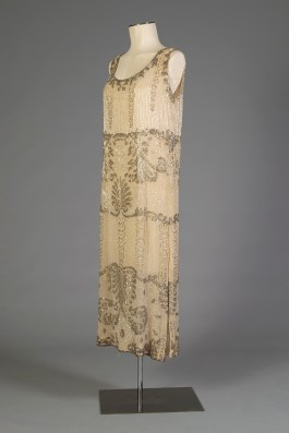 Evening dress of silk chiffon trimmed with silver and crystal bugle beads, KSUM 1983.1.330