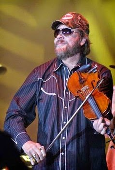 Hank Williams, Jr. performing in Louisville, KY at Freedom Hall. Photo by Jessica Blankenship.