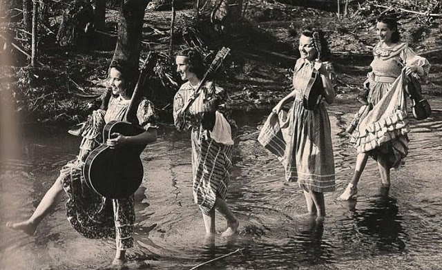 Who are the Coon Creek Girls?