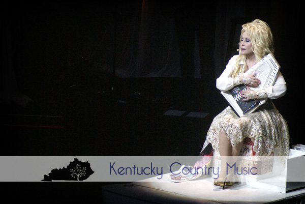 Dolly Parton proves to be the Rhinestone Queen of Country