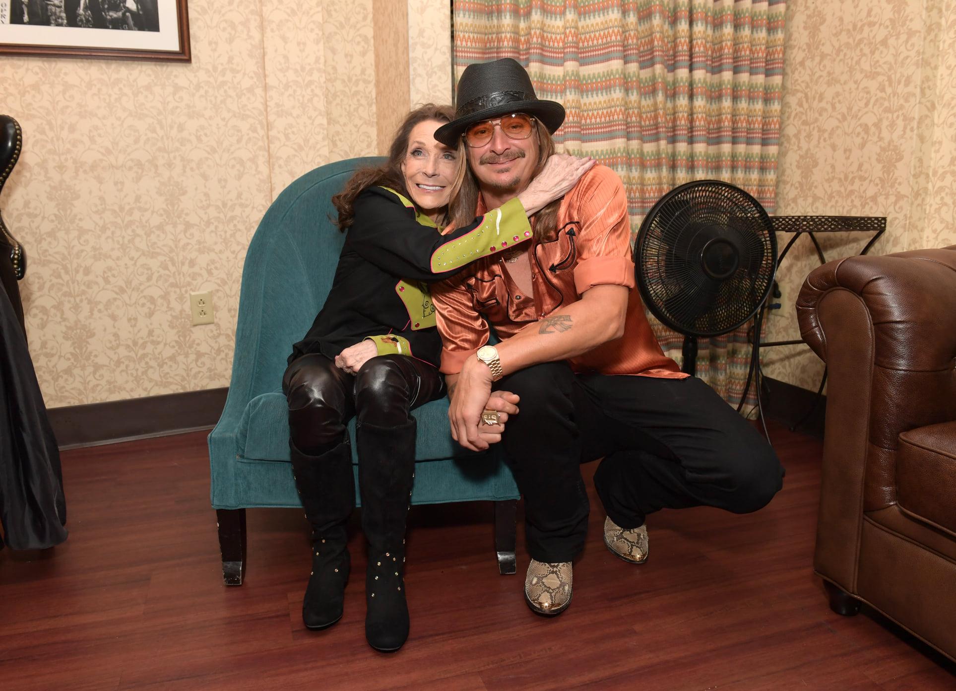 Kentucky natives Loretta Lynn and Josh Osborne awarded for songwriting