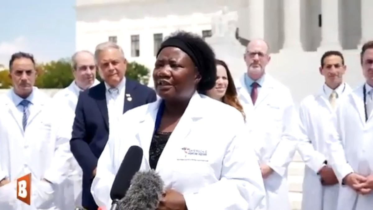 TRENDING! Nigerian-born US Doctor swears by TRUMP's touted cure ...