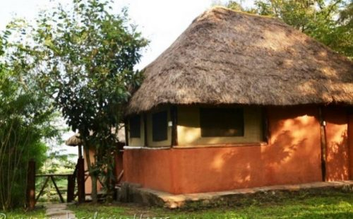 Budget Accommodation Queen Elizabeth National Park