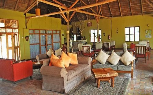 Ihamba Lake Side Safari Lodge
