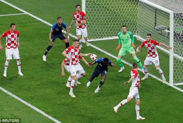 croatia-bi-nhan-qua-phat-penalty-la-sai-lam-2