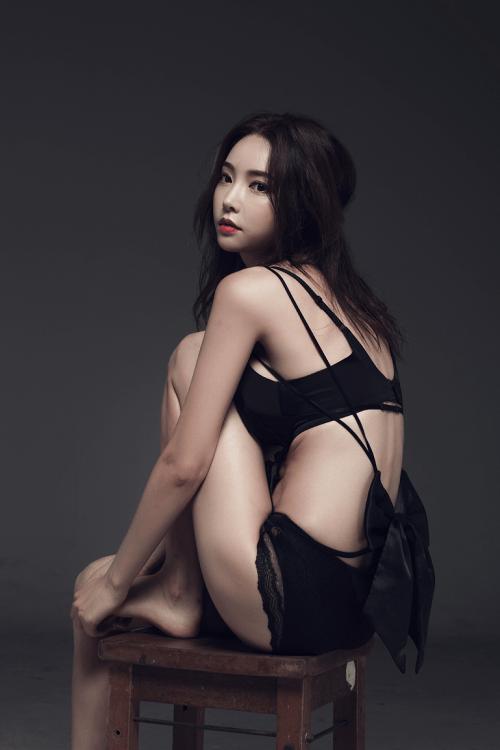 ghen-ty-ve-dep-hoan-hao-den-tung-cm-cua-park-soo-yeon-6