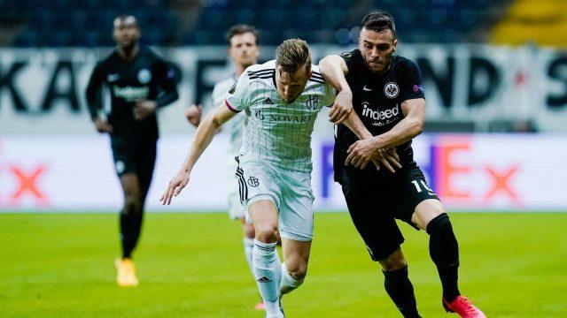 soi-keo-Basel-vs-Eintracht-Frankfurt