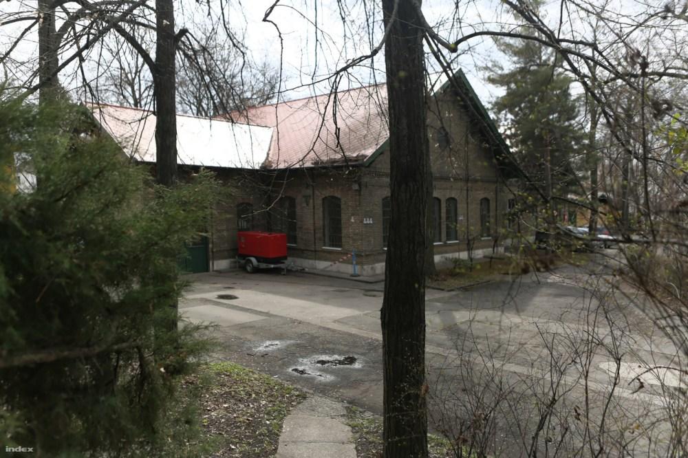Az 1903-ban épült gépház.