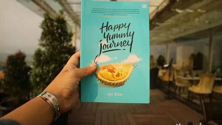 Durian dan Kebahagiaan Dalam Buku Happy Journey