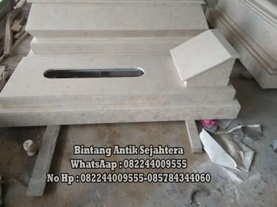 Makam Pahlawan Marmer
