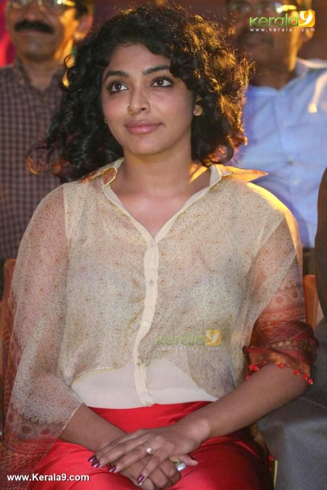 rima kallingal at speak for kerala grand finale photos 065