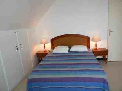 Appartement-4- Chambre avec grand lit 2 personnes - Location Finistere