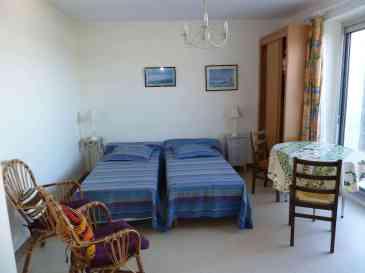 Appartement-7- Studio avec terrasse vue sur la baie de Douarnenez