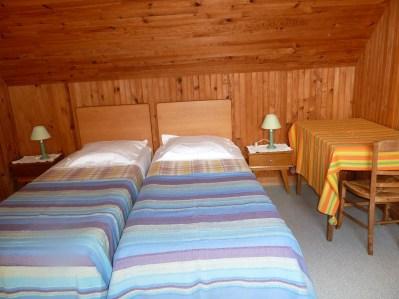 Appartement-8- Chambre 2 lits - appartement près de la mer