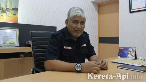Executive Vice President PT Daop 1 Jakarta, Hendy Helmy - www.solopos.com