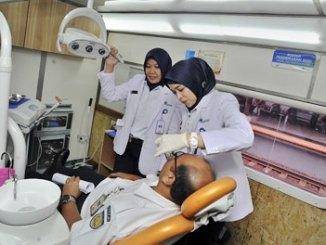Rail Clinic Layani Pemeriksaan Kesehatan - republika.co.id