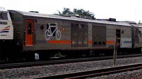 PT Kereta Api Indonesia (PT KAI) siapkan gerbong khusus untuk mengangkut sepeda