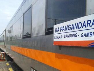 KA Pangandaran relasi Banjar-Bandung-Gambir