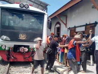 Rangkaian gerbong kereta di Garut