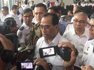 Menhub Budi Karya Sumadi di Stasiun Kereta Api Medan