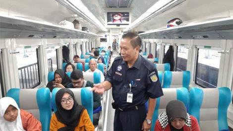 Suasana di Kereta Api Pangandaran