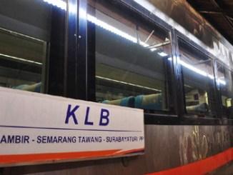 Kereta Api Luar Biasa - travel.detik.com