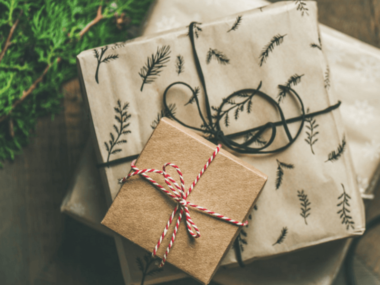 Truth for when Christmas looks different, Christmas Encouragement, How to handle Christmas stress