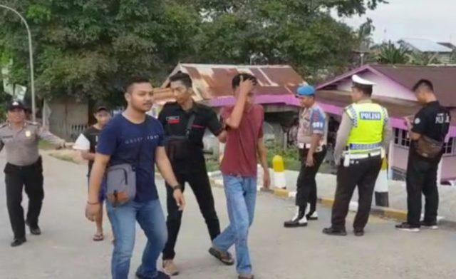 Photo of Lagi, Polisi Obrak-abrik Pulau Pandan, 9 Pengguna Narkoba Diamankan