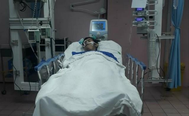 Foto Orang Tua Sakit Dirawat Di Rumah Sakit Foto Foto Keren