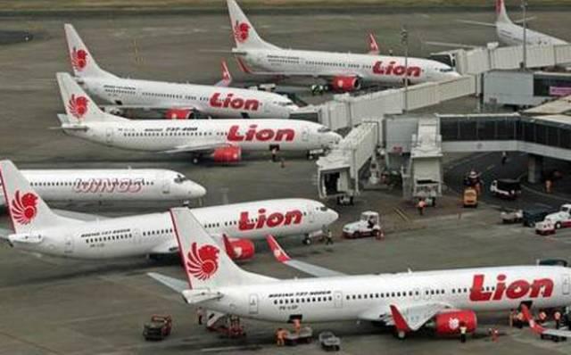 Photo of Tiket Pesawat Selangit, Penumpang Sepi, Pesawat Mangkal di Bandara Soekarno-Hatta
